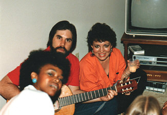 Randy at a party with various L.A. Jazz Choir alums, circa 1986. Kind of looks like a Charles Manson family reunion, with RC as Charlie himself. Personnel, L to R: Gale Johnson, RC, Pam Austin, back of Linda Crenshaw's head.